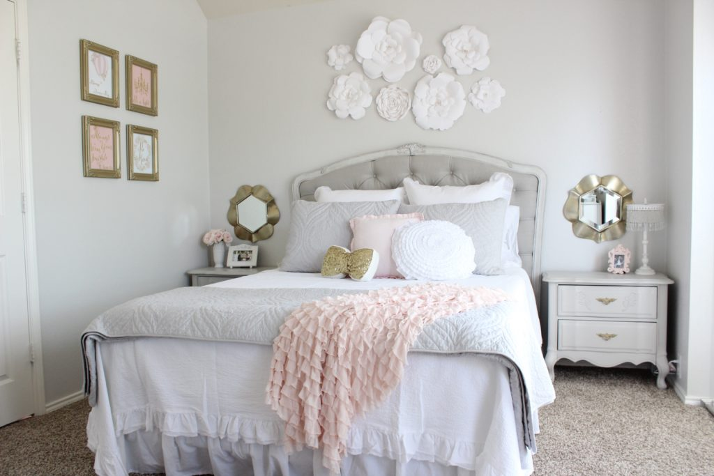 White Shabby Chic Decorating Ideas