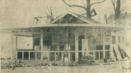 By 1955 Burn's barbecue stand was in poor condition.