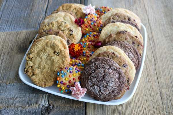 cookies, baked goods, easy baking, catering, platters, pastry