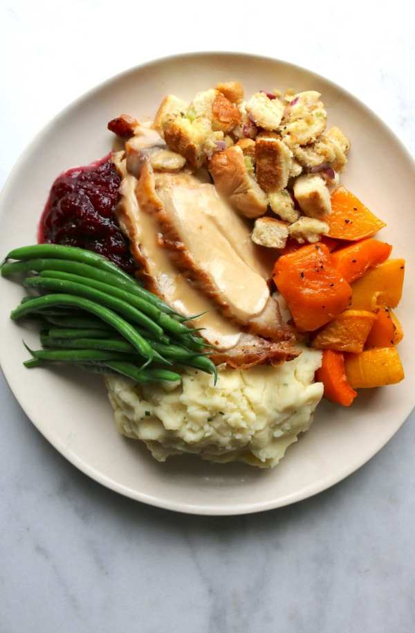 turkey, turkey day, turkey dinner, family dinner, family meal, holiday, holiday meal, catering