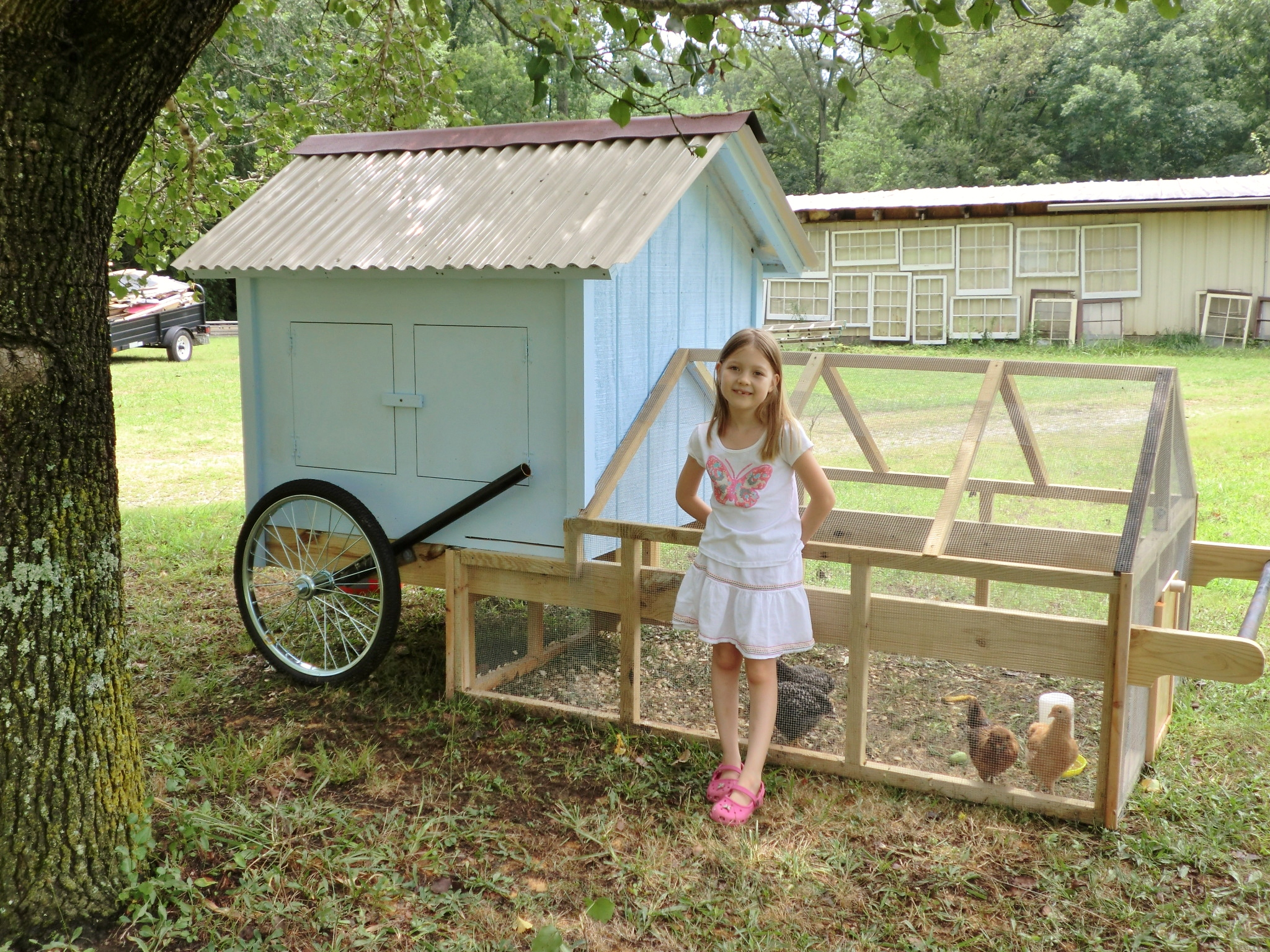 Chicken tractor for Portable chicken coop on wheels