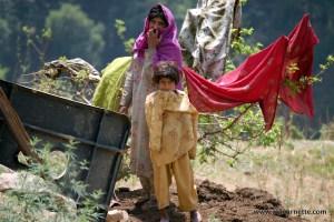 Pakistani Family on way to K2