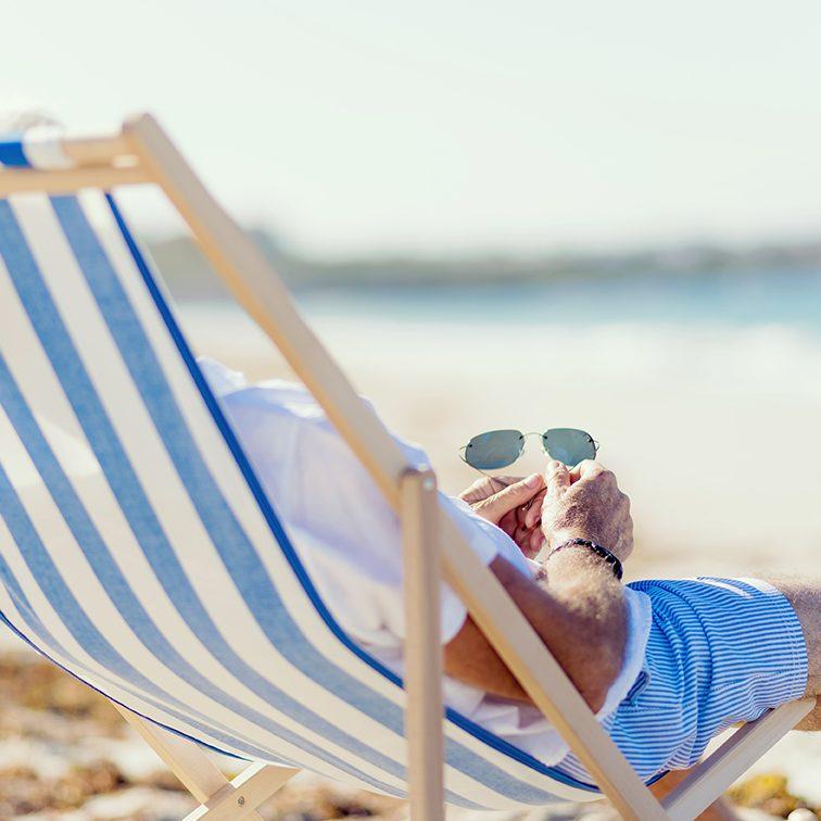 Service hôtel 4 étoiles cannes : reservation plage privée