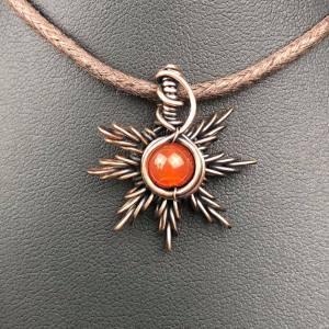 Karneol-Sonnenanhänger1 Sonnenschmuck SunayLaLuna