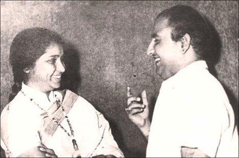 Asha Bhosle with Mohammad Rafi (Pic courtesy: proaudience.com)