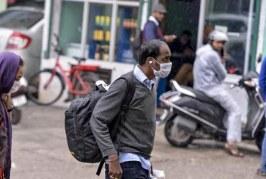করোনায় ধুঁকছে ভারতের অর্থনীতি, বেতন কমছে সরকারি চাকরিজীবীদের