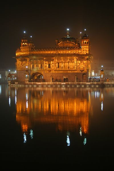 Golden temple night