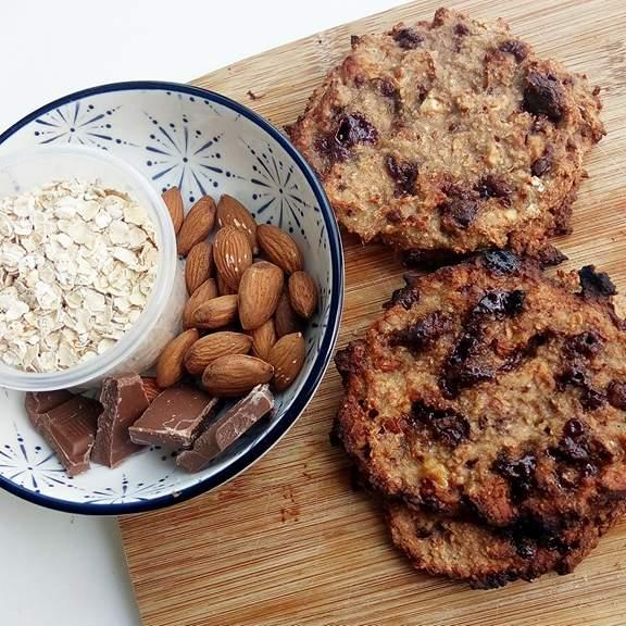 Sundere Cookies med mandel og chokolade - Gluten og sukkerfri opskrift