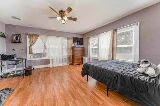 527 W Pine Ave-16