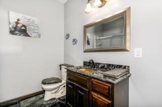 8422 SE 25 St Murdock KS 67111-large-035-023-Bathroom-1500x1000-72dpi
