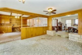 9451 S Woodlawn Blvd Derby KS-large-016-033-Family Room-1500x1000-72dpi