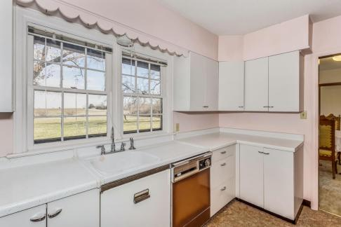 9451 S Woodlawn Blvd Derby KS-large-021-026-Kitchen-1500x1000-72dpi