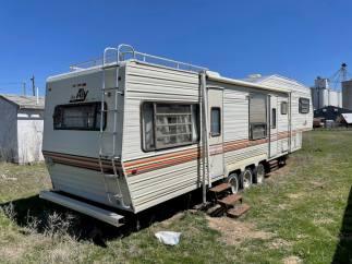 Gard - Sterling KS Auction April 30 - 174 of 214