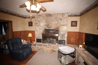 AUCTION: Home on 1.4 acres in Beaumont