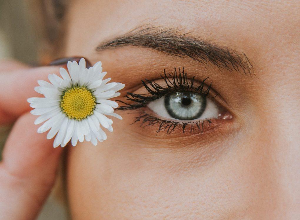 meisje met lichte ogen