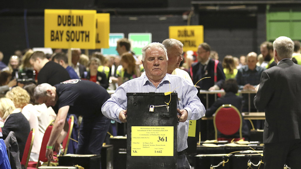 Hasil gambar untuk Ireland votes to overturn its abortion ban, 'culmination of a quiet revolution,' prime minister says