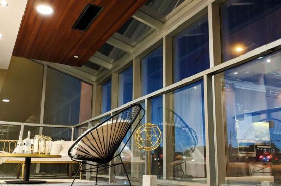 Suites-at-Central-Condos-12-min