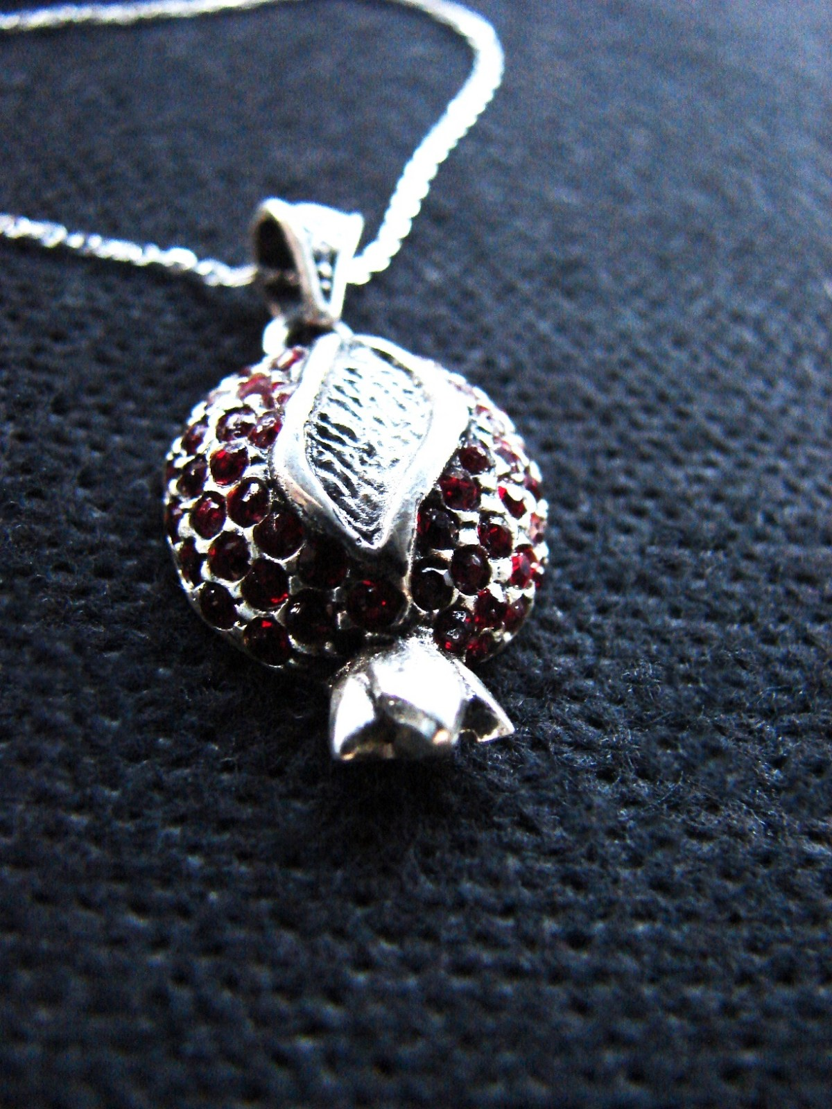 Pomegranate form Pendant Sterling Silver 925 with Red Zircon