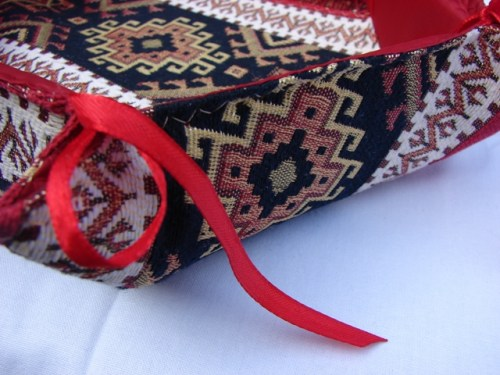 Handmade Fabric Bread Six-Sided Basket, Armenian Carpet Ornament