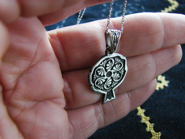 Pendant Wheel of Eternity Sterling Silver 925 Pomegranate Armenian Symbol
