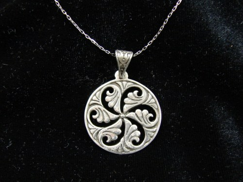 Pendant Wheel of Eternity Sterling Silver 925 in Pomegranate Armenian Symbol