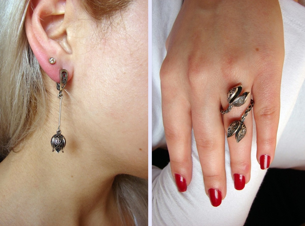 Set of Silver earrings and Ring Tulip