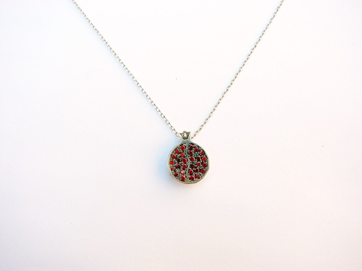 Delicate Pomegranate Necklace Sterling Silver 925 with Garnets