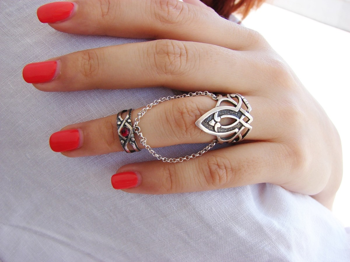 Double Rings Ethnic Style, Chains linked, Silver Adjustable multi-finger rings