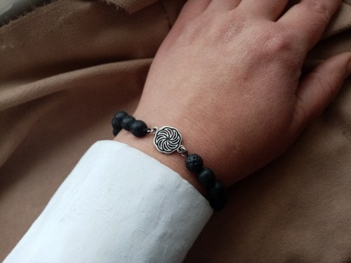 Beaded Bracelet Black Lava Stone and Wheel of Eternity Charm Sterling Silver 925