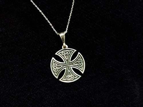 Round Celtic Cross Pendant Sterling Silver 925