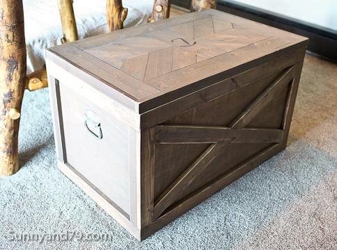 DIY Rustic Storage Trunk