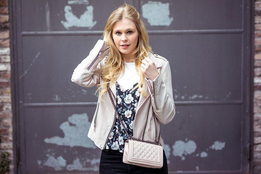Blumenprint Shirt Outfit Blog Sunnyinga