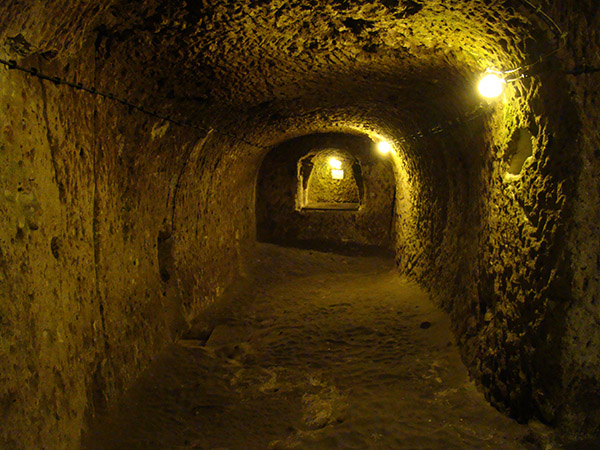 Tunnels inn Underground City in Turkey. www.salemtunneltour.com