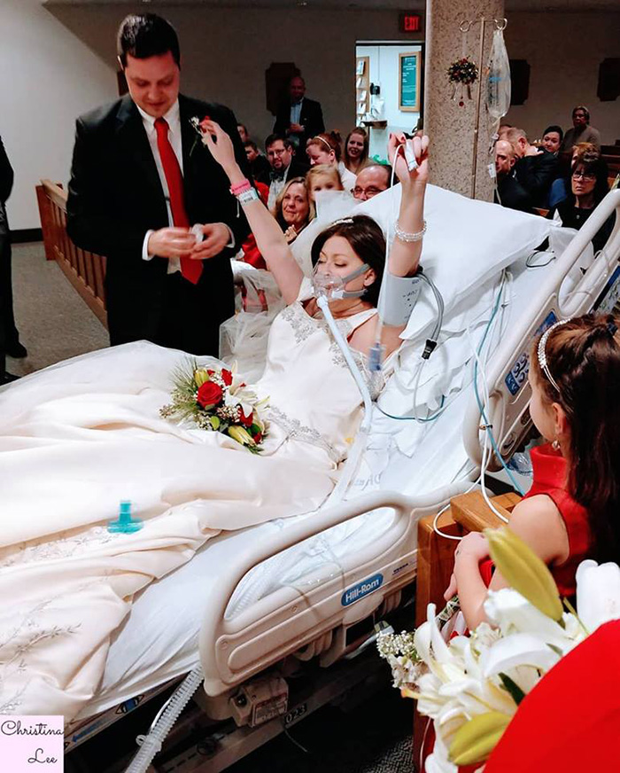 woman breast cancer wedding in hospital hours before death