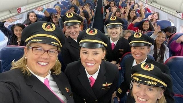 delta all girl crew