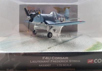 F 4 U Corsair Corgi AA33007