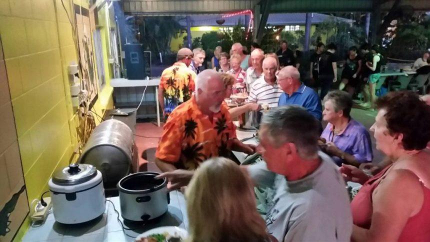 Karumba Point Sunset Caravan Park - Park Activities Friday Roast Night Fun Time at Park