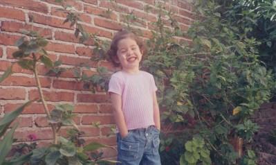 Los Cassettes de los Recuerdos: La niña de la Sonrisa