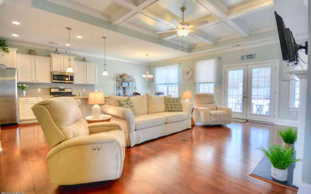 Sunset Ridge Home for Sale – 6691 Gracieuse Lane