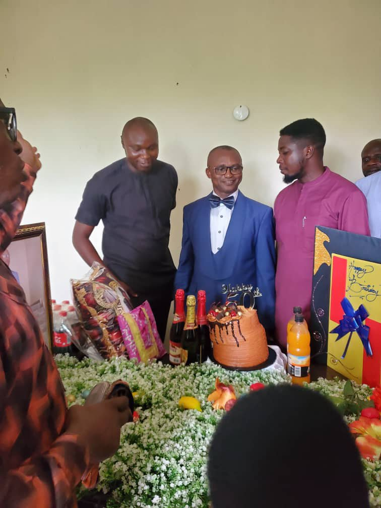 Golden Age: OSOPADEC staff felicitate Apostle Sola Orisamoluwa
