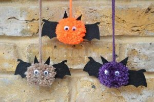 cute-pom-pom-bats-how-to_red-ted-art-1