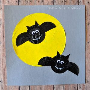 cupcake-liner-bat-craft-2-ih-eart-crafty-things-4