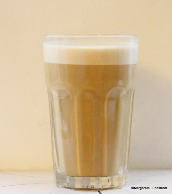 Äkta Magic Bullet-mixat LCHF-kaffe