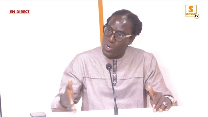"Direct : Mame Goor Diazaka sur l'affaire Ousmane Sonko/Adji Sarr, à ""Bâtons Rompus"" (Senego-TV)ParAnkou Sodjago 01/03/2021 à 19:10"