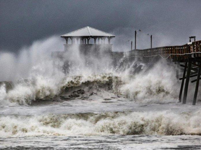 news/INT-AME-HDLN-hurricane-florence-hits-north-carolina-gujarati-news-5957269
