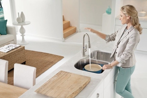 What Is A Touchless Kitchen Faucet And How Does It Work?