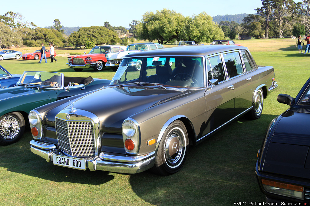 Mercedes 600 Limo