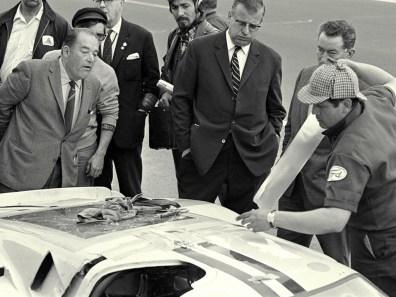 1967_Ford_GT40MarkIV30