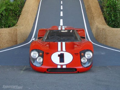 1967_Ford_GT40MarkIV3