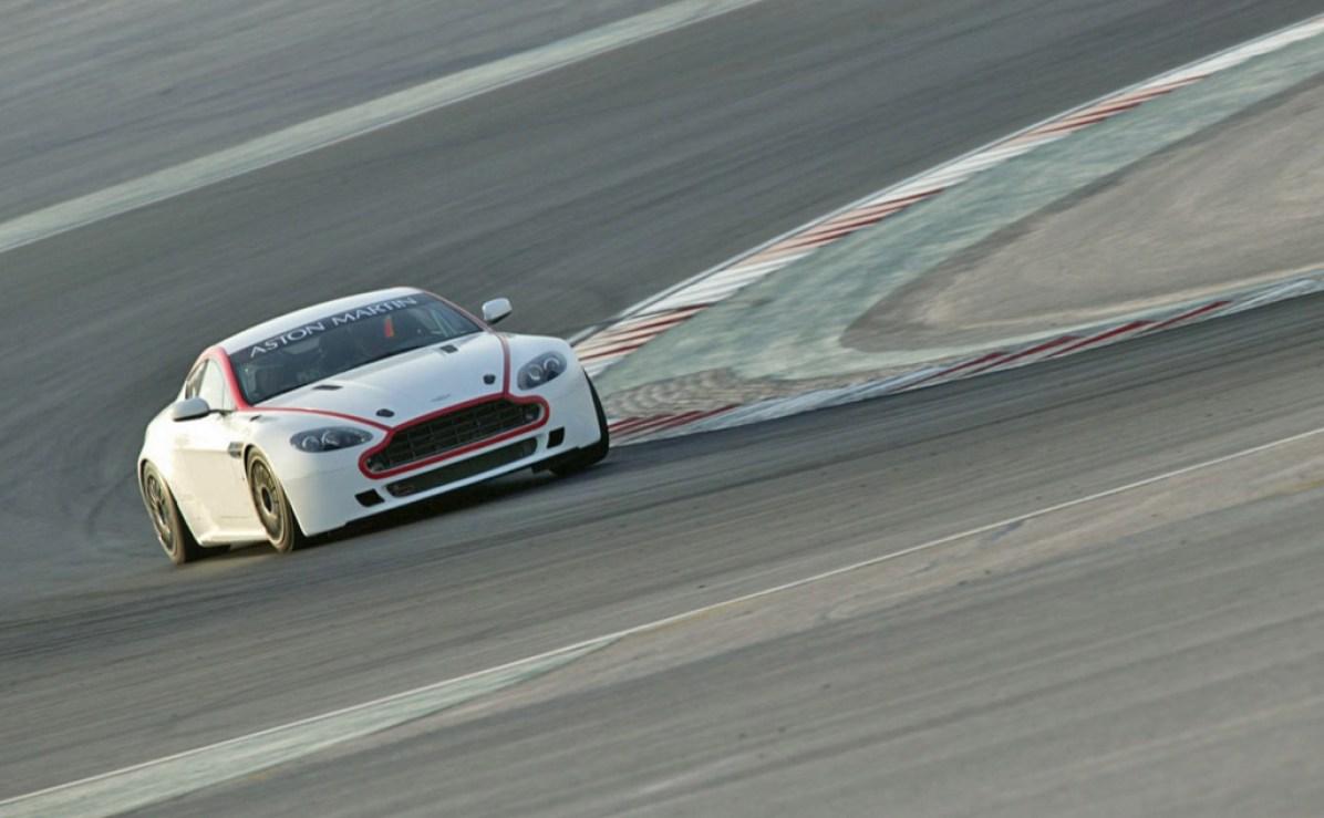 2009 Aston Martin V8 Vantage GT4
